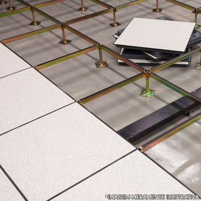 Instalação de Piso Elevado Cpd Guaira - Piso Elevado com Carpete