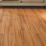 piso laminado madeira